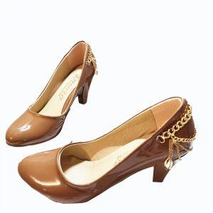 Schoenen met hoge hak